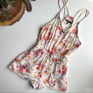 Revolve House of Harlow 1960 Floral Romper Small